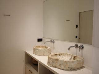 Vasque bois fossile